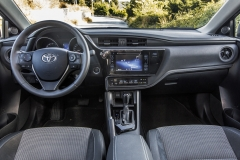 Toyota Auris Touring Sports 1.6 lt A/T