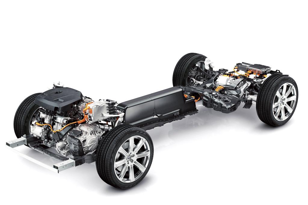 155102_The_all_new_Volvo_XC90_Twin_Engine_powertrain