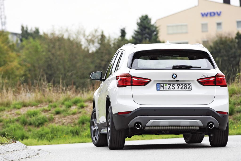 BMW_X1_2